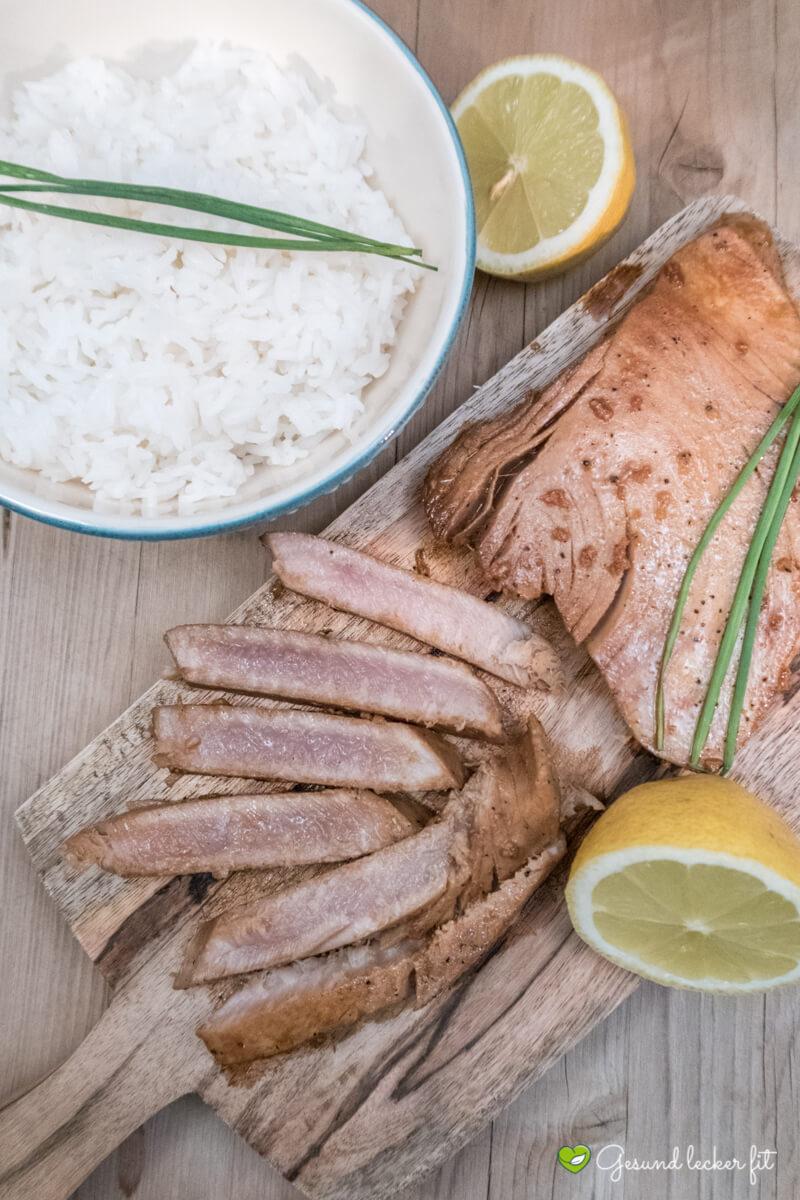 Marinierter Thunfisch mit Knoblauch -